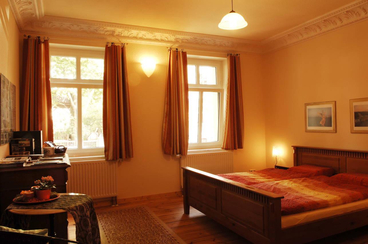 Villa seepark berlin ferienwohnung sehr sch ne - Panoramabild schlafzimmer ...