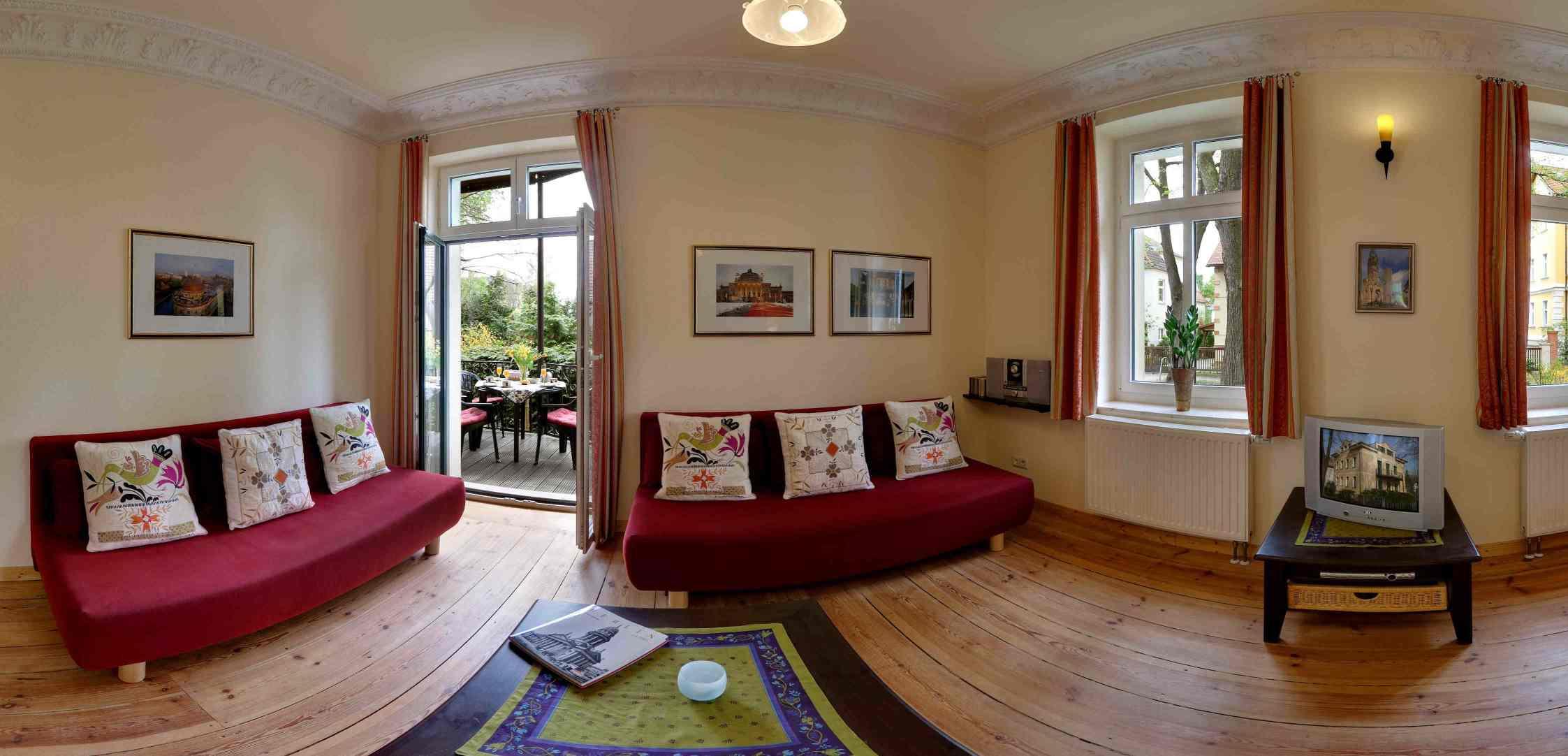 villa seepark berlin ferienwohnung sehr sch ne grosse ferienwohnung eco ferienwohnung. Black Bedroom Furniture Sets. Home Design Ideas